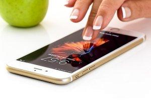smartphone-1894723__340